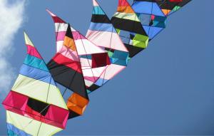 Stacked kite flying